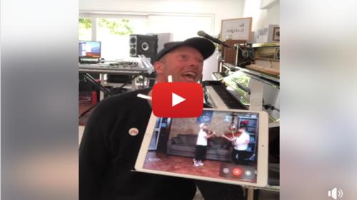"""Gemelli siciliani """"duettano"""" a sorpresa con Chris Martin dei Coldplay 📹 VIDEO"""