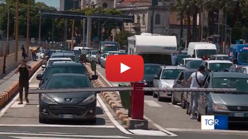 Spostamenti tra regioni, lunghe code agli imbarcaderi sullo stretto di Messina   IL VIDEO 📹