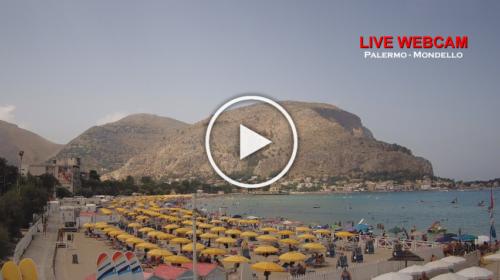 FERRAGOSTO: le immagini IN DIRETTA dalla spiaggia di Mondello | VIDEO 📹