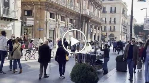 Il divieto di stazionamento non ferma i palermitani: strade piene di gente in centro | VIDEO