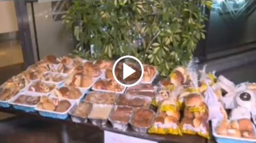 Il grande cuore dei siciliani, a Palermo il tavolo solidale per chi ha bisogno – VIDEO