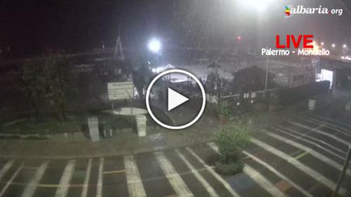 Maltempo Palermo, piogge intense su Mondello: le immagini IN DIRETTA