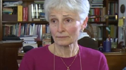 """Prof sospesa, Rosa Maria dell'Aria """"soddisfatta"""" della sentenza: """"Ristabilite regole democratiche"""" – VIDEO"""