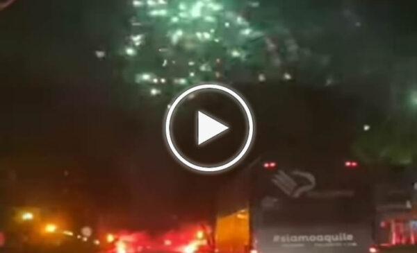 Palermo: fuochi d'artificio e accoglienza da brividi nella notte in viale Regione dopo la vittoria a Catania – VIDEO