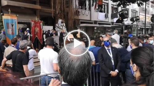 Palermo, il minuto di silenzio dall'albero Falcone – VIDEO