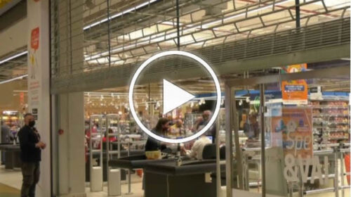 """Al Conca d'Oro la protesta dei centri commerciali, abbassate le saracinesche """"Posto sicuro, garantiti i controlli"""" – VIDEO"""