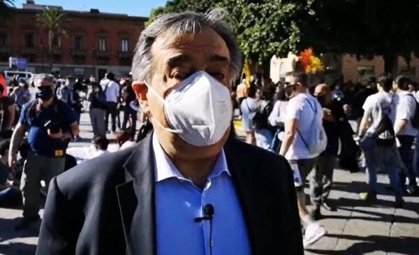 """Palermo in piazza per il ddl Zan, Orlando: """"Libertà sì, odio no"""" – VIDEO"""