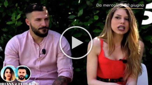 """Coppia palermitana si presenta a Temptation Island: """"Ormai lei è mia e non me la leva più nessuno"""" – VIDEO"""
