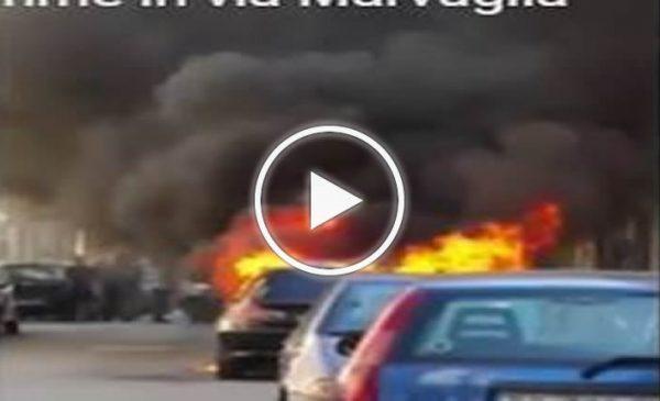 Palermo, due auto in fiamme in via Marvuglia – VIDEO