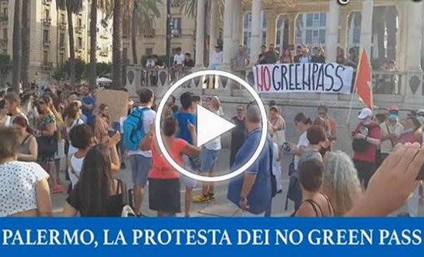 """Covid19, """"Basta dittatura"""", il popolo del No al Green Pass sciopera a Palermo – VIDEO"""