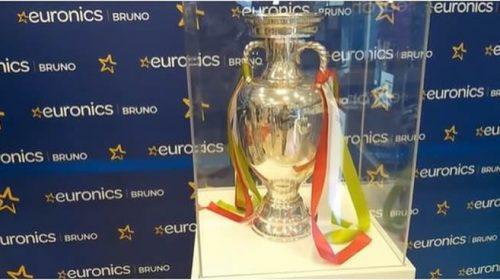 """La Coppa d'Europa sbarca a Palermo: """"Una grandissima emozione"""" – VIDEO"""