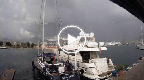Maltempo su Palermo, le immagini IN DIRETTA dal Porto – VIDEO