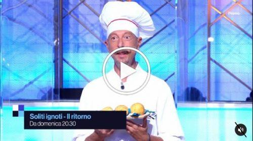 """Tv, Amadeus diventa palermitano nello spot pubblicitario del programma """"I soliti ignoti"""" – VIDEO 📺"""