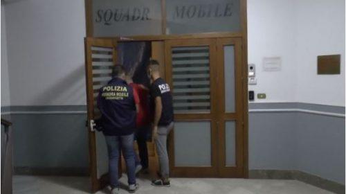 Compra cocaina per 1200 euro coi soldi del Reddito di Cittadinanza, arrestato – VIDEO